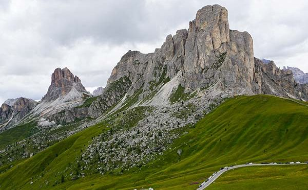 Passo di Giau by motorcycle – our number one in the Dolomites